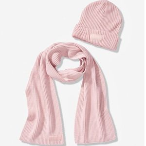 Victoria's Secret Pink Scarf & Beanie Chlak Rose